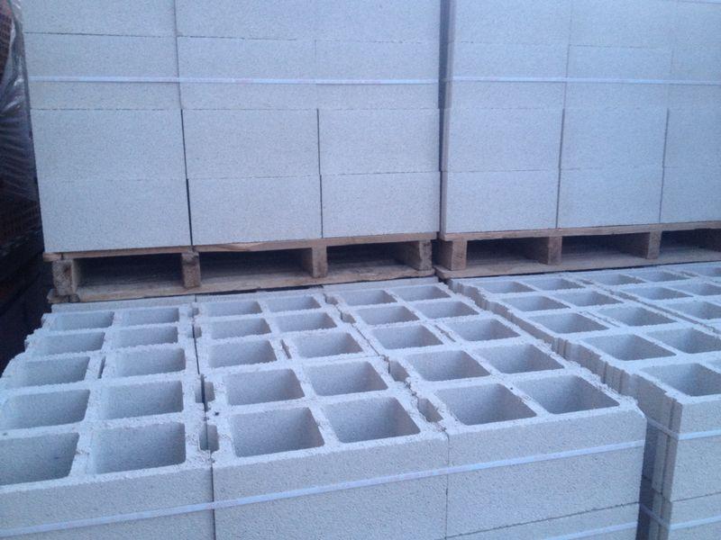 Cuanto vale un palet de bloques perfect reutilizar ladrillos y bloques de cemento ecocosas ms - Cuanto vale un palet ...